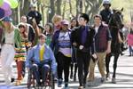 On-the-set-of-Glee-in-Central-Park-April-27-2011-dianna-agron-21458551-594-396.jpg